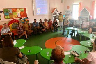 Anasınıfı ve 1.sınıf Öğrenci Velileriyle Tanışma Toplantısını Gerçekleştirdik.