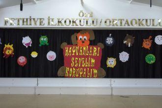 Özel Fethiye'de Hayvanları Koruma Günü
